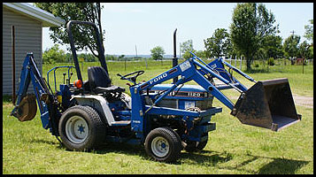 Ford 4500 Backhoe Specs http://www.everythingattachments.com/Ford-1120-Attachments-Specs-s/4500.htm