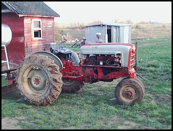 Ford 961 Tractor
