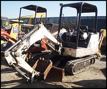 Attachments - Specifications for Bobcat 325 Mini Excavator