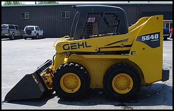 Gehl 5640E Skid Steer - Attachments - Specifications