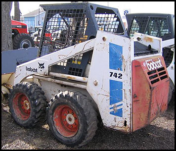 Bobcat 742 Skid Steer - Attachments - Specifications