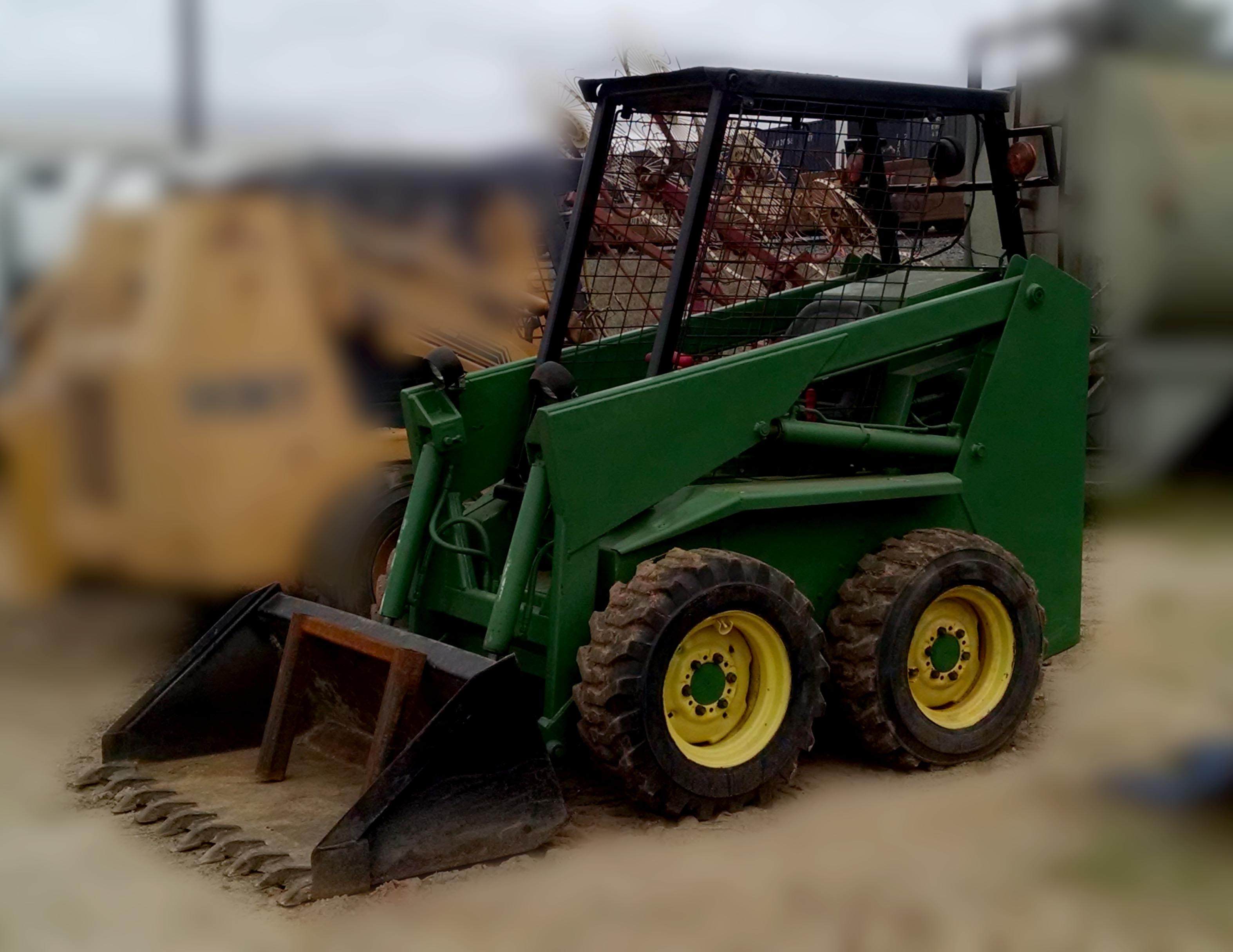 John Deere Skid Steer >> John Deere 125 Skid Steer Attachments Specifications