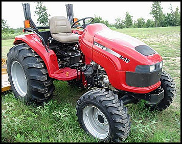 Case D40 Tractor