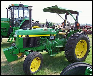 John Deere 2155 Tractor
